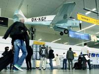 Čeští senioři zaplavují letiště. Na které pláži je nejčastěji potkáte?