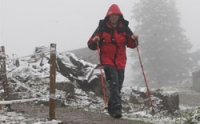 Vrcholky Beskyd pokryl led, Horská služba varuje před túrami